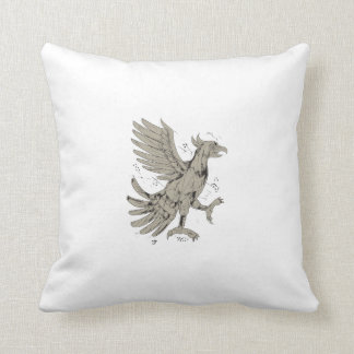 Cuauhtli Glifo Eagle Symbol Low Polygon Throw Pillow