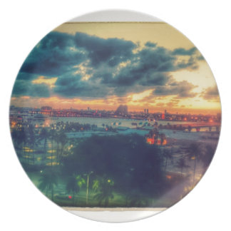 Cuban Freedom Tower in Miami 3 Dinner Plates