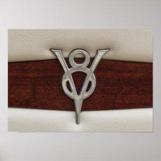 Cuir et bois d'emblème de chrome de V8 Posters
