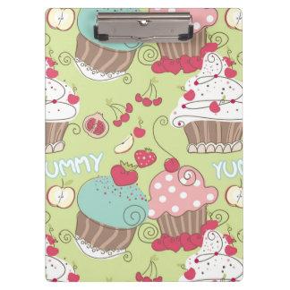 Cupcake pattern clipboard