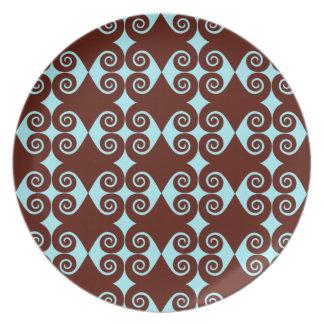 Curly Diamond Pattern Dinner Plate