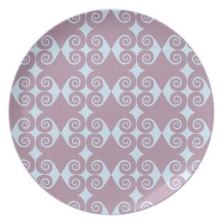Curly Diamond Pattern Dinner Plates