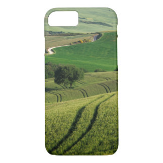Curvy lines in green Tuscany iPhone 7 case