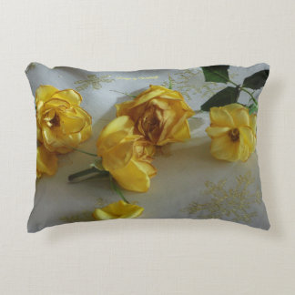 """Cushion """"roses to the Christmas """""""