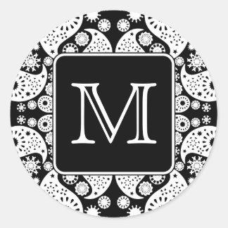 Custom Monogram on Monochrome Paisley Pattern. Classic Round Sticker