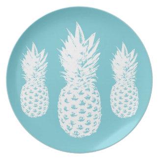 Custom pineapple fruit plate made from melamine