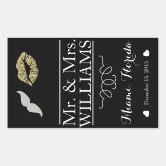 custom Wedding wine bottle label table centre lips