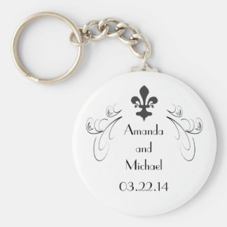 Customized Decorative Fleur de Lis Wedding Keychain
