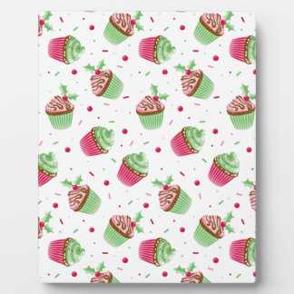 Cute and sweet Christmas colored cupcakes Plaque