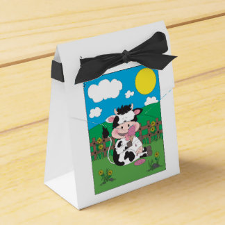 Cute Baby Cow Cartoon With His Favorite Treat Wedding Favor Box