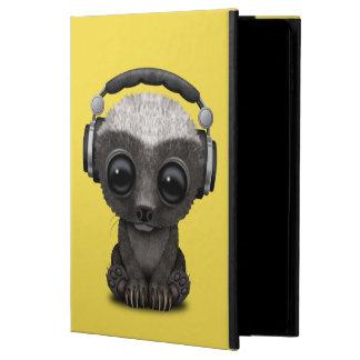 Cute Baby Honey Badger Dj Wearing Headphones Powis iPad Air 2 Case