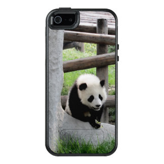Cute Baby Panda OtterBox iPhone 5/5s/SE Case