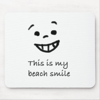 Cute Beach Lover Smile Doodle Face Text Design Mouse Pad