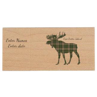 Cute Cape Breton Island moose tartan flash drive Wood USB 3.0 Flash Drive