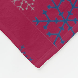 Cute Christmas Snowflake Designed Fleece Blanket