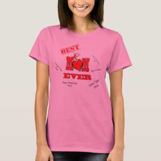 Cute Crawfish / Lobster with Heart Best Mom T-Shirt