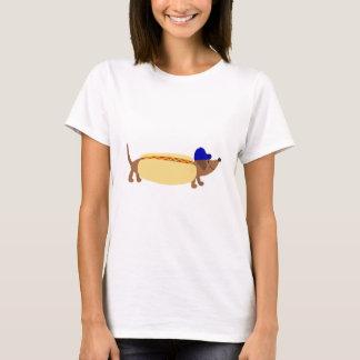 Cute Dachshund Dog in a Hotdog Bun T-Shirt