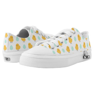 Cute drawn yellow chick and egg easter pattern Low-Top sneakers