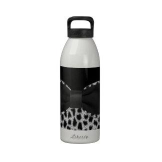 Cute elegant black and white leopard skin print water bottle