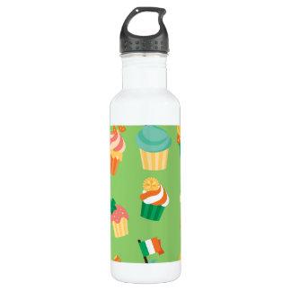 Cute funny St patrick green orange cupcake pattern 710 Ml Water Bottle