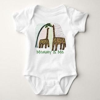 Cute Giraffe Mommy & Me Infant T Baby Bodysuit