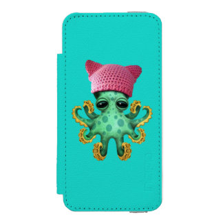 Cute Green Octopus Wearing Pussy Hat Incipio Watson™ iPhone 5 Wallet Case