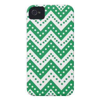Cute Green Polkadot Zigzags iPhone 4 Case