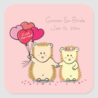 Cute hedgehogs with balloons, newly married couple square sticker