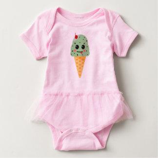 Cute hoists cream baby bodysuit