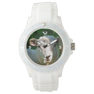 CUTE LITTLE SHEEP WATCH