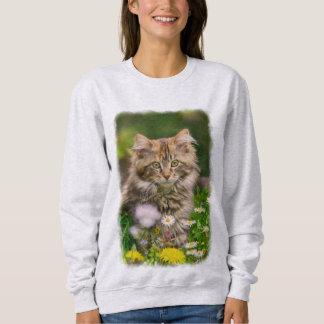 Cute Maine Coon Kitten Cat Flower Meadow - classic Sweatshirt