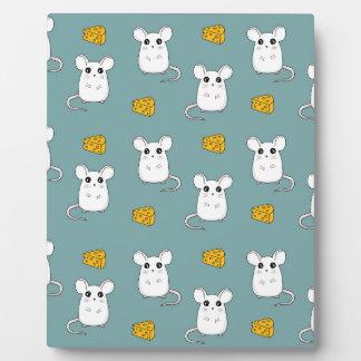 Cute Mouse pattern Plaque