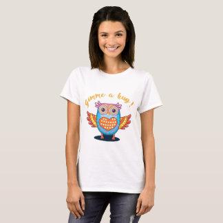 Cute Orange Blue Heart Owl Gimme a Hug T-Shirt
