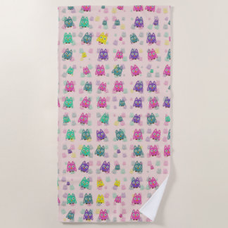 cute owls allover B Beach Towel