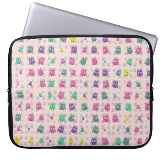 cute owls allover B Laptop Sleeve