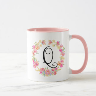 Cute Pink Monogram (Q) Flower Wreath Mug
