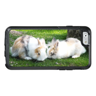 Cute Rabbits on Grass OtterBox iPhone 6/6s Case