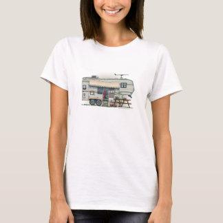 Cute RV Vintage Fifth Wheel Camper Travel Trailer T-Shirt