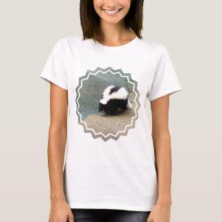 Cute Skunk Ladies T-Shirt
