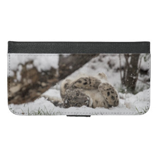 Cute Snow Leopard Plays in Snow iPhone 6/6s Plus Wallet Case