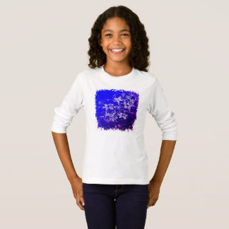 Cute starfish and bubbles in the tropical ocean T-Shirt