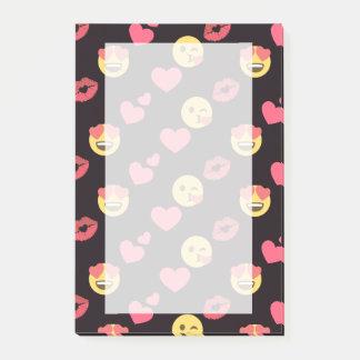 cute sweet emoji love hearts kiss lips pattern post-it notes