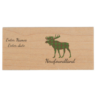 Cute Tartan moose Newfoundland flash drive Wood USB 3.0 Flash Drive