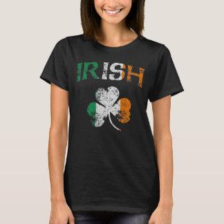 Cute Vintage Irish Flag Shamrock T-Shirt