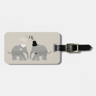 Cute Vintage Mr. & Mrs. Bride and Groom Elephants Bag Tag