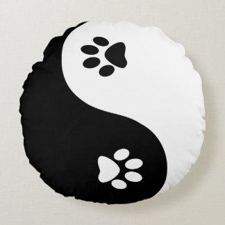Cute Yin Yang Paws Round Throw Pillow