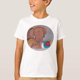 Cutest Vizsla Puppy with first Pheasant! Tshirt