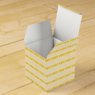 CVPA20043 Poppy yellow and white flower pattern Favor Box