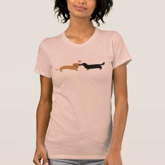 Dachshund Kiss with Heart T-Shirt