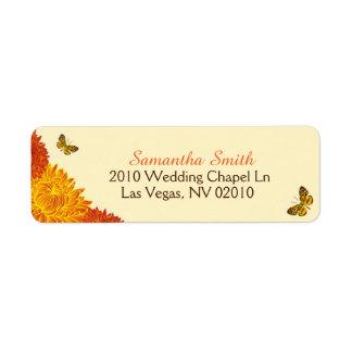 Dahlias et papillons d'automne épousant des étiquette d'adresse retour